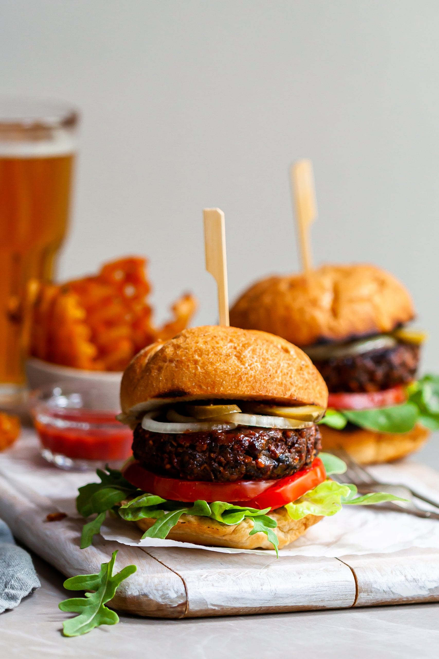Vegan Burgers – Easy, Grillable and Hearty